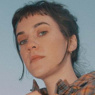 Photo of Bess Atwell