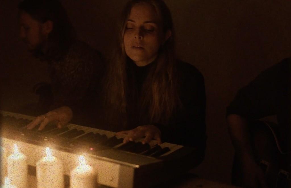Watch This: MarthaGunn - Love & Emotion (Séance)